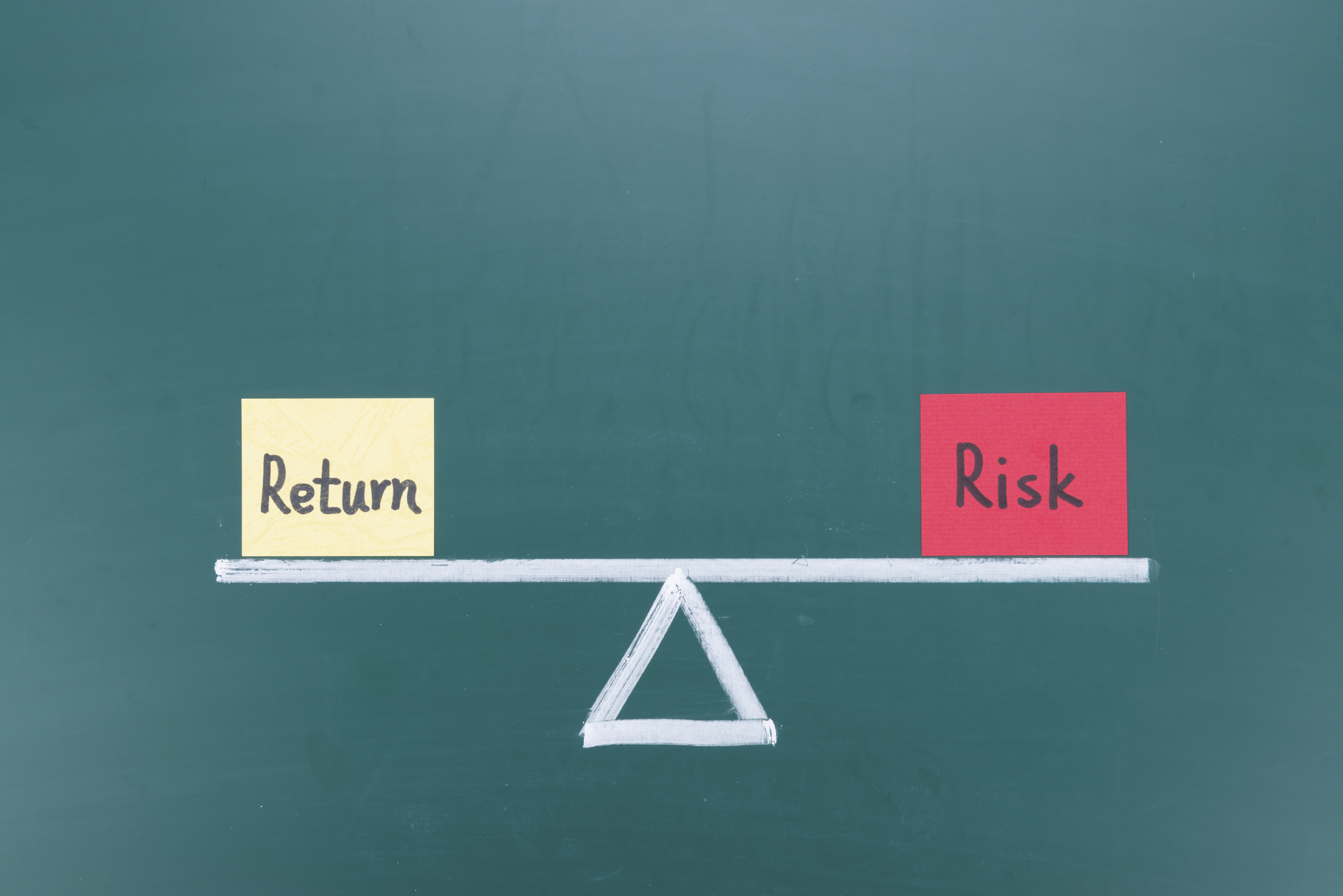 Risks and returns of cryptocurrencies